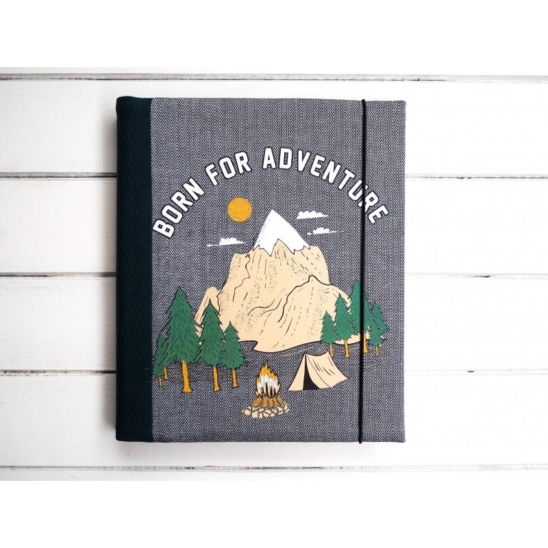 cestovateľský fotoalbum s horami
